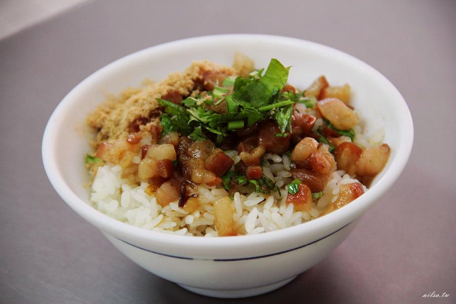 高雄│前金肉燥飯 滷煮14小時以上的傳統古早味-肉燥飯系列