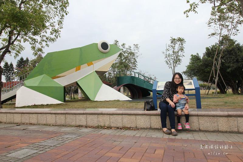 嘉義親子景點推薦│235新樂園 動物造型溜滑梯 親子遊戲大樂園